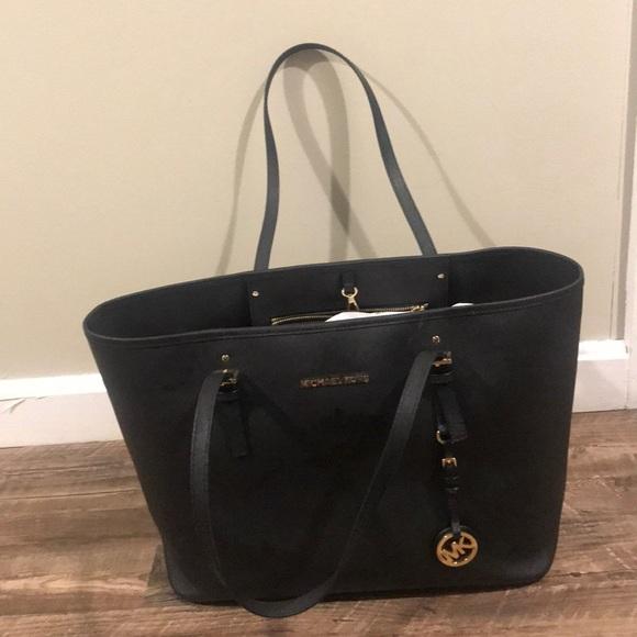 Michael Kors Handbags - Mk black bag